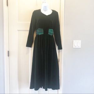 Talbots Velvet hunter emerald green  dress size 4